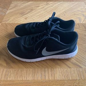 Nike Black and White Free Run Sneakers
